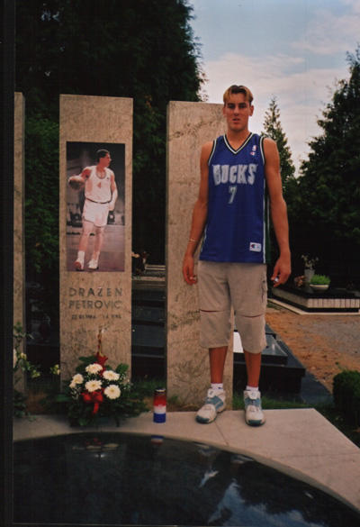 Andrew Bogut at the Petrovic Memorial. Andrew is wearing his Toni Kukoc  (from Split 3d952f99b